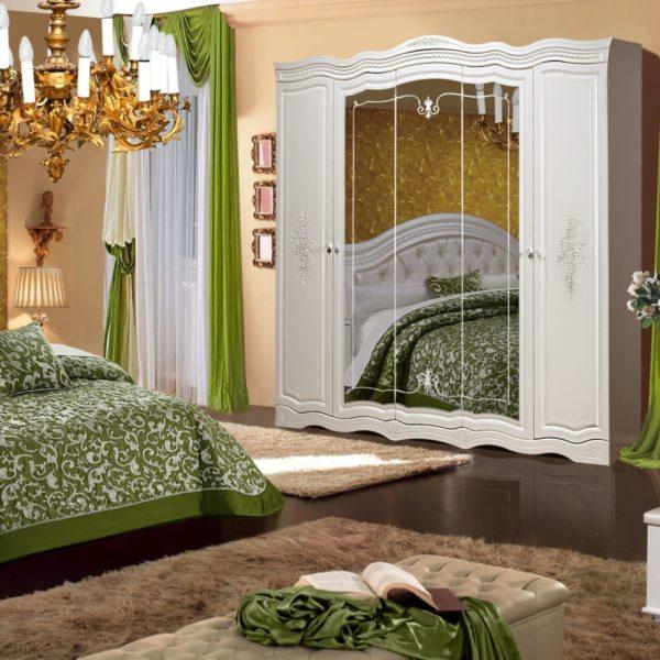 Спальня Графиня КМК 0379 Жемчуг